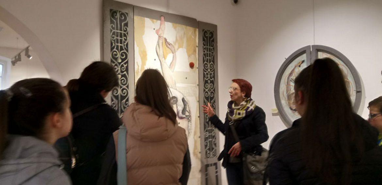 Посета изложби слика